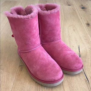 Good condition pink UGGS